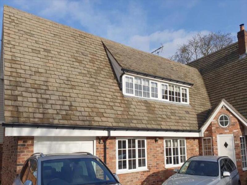 Leicester Attractive Roofing Services